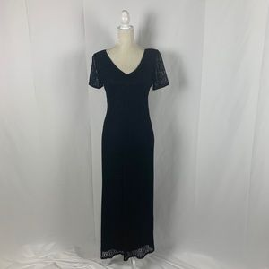 Harlow Dresses Black Lace Short Sleeve Long Dress